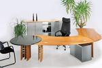 Modell Swing, Massivholz Kirsche in Kombination mit Schichtstoff und edler Granitplatte als Besprechungsansatz